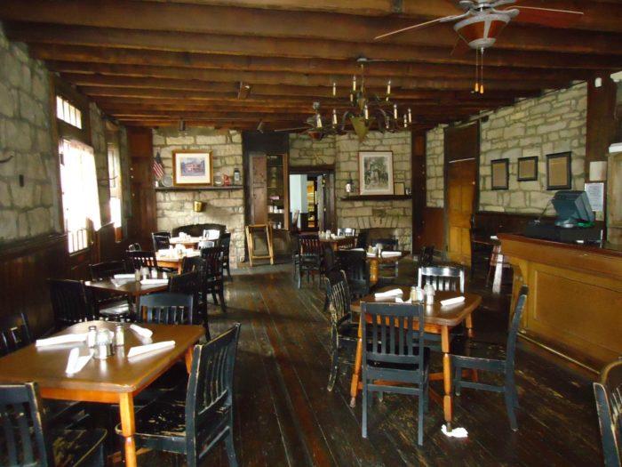 Old Talbott Tavern In Kentucky Is The Oldest Bourbon Bar In America