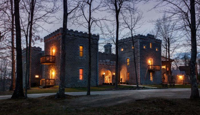 Hocking Hills Castle Bed And Breakfast