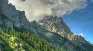 The Unrivaled Canyon Hike In Wyoming Everyone Should Take At Least Once
