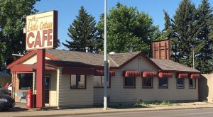 This Tiny Shop In North Dakota Serves Caramel Rolls To Die For