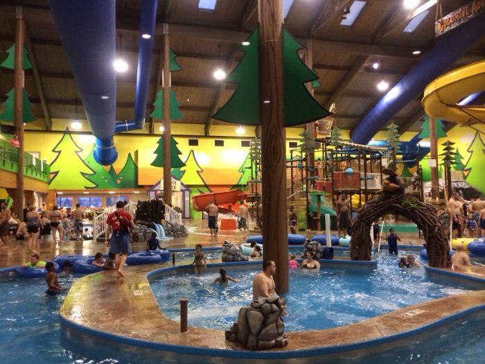Splash Universe Is The Most Epic Indoor Waterpark In Michigan
