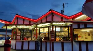 12 Old-Fashioned Drive-In Restaurants In Utah That Will Remind You Of The Good Old Days
