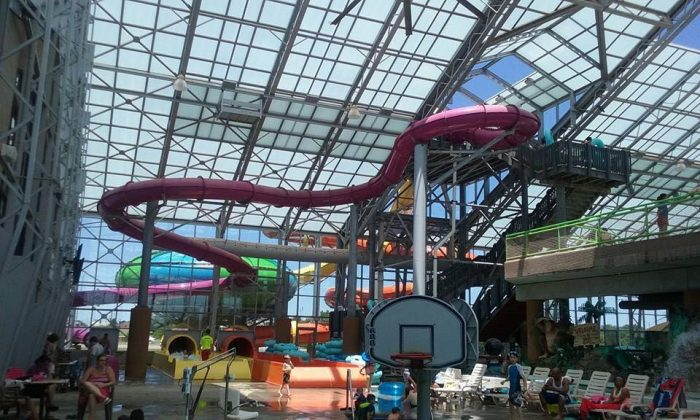 Water-Zoo: The Best Indoor Waterpark In Oklahoma