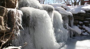 7 Gorgeous Frozen Waterfalls In New Mexico That Must Be Seen To Be Believed