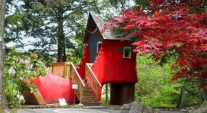Here Are The 7 Weirdest Places You Can Possibly Go In New Hampshire