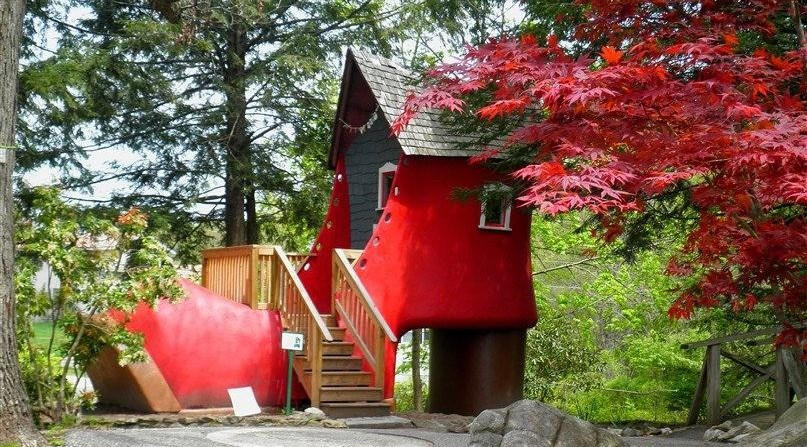 These 7 Weird New Hampshire Attractions Are Sure To Delight
