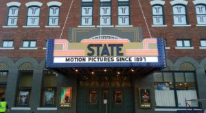 The Oldest Movie Theater In America Is Right Here In Iowa And It's Amazing