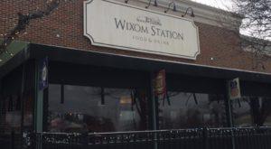 The Train-Themed Restaurant Near Detroit That Will Make You Feel Like A Kid Again