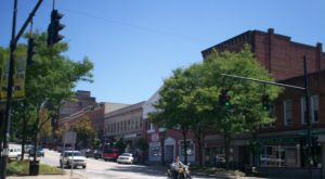 The Most Criminally Overlooked Town Near Cleveland And Why You Need To Visit