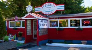 These 8 Amazing Maine Restaurants Are Loaded With Local History