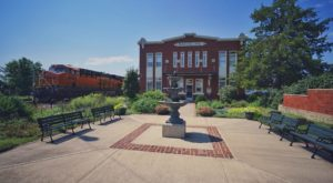 The Fascinating Town In Missouri That Is Straight Out Of A Fairy Tale