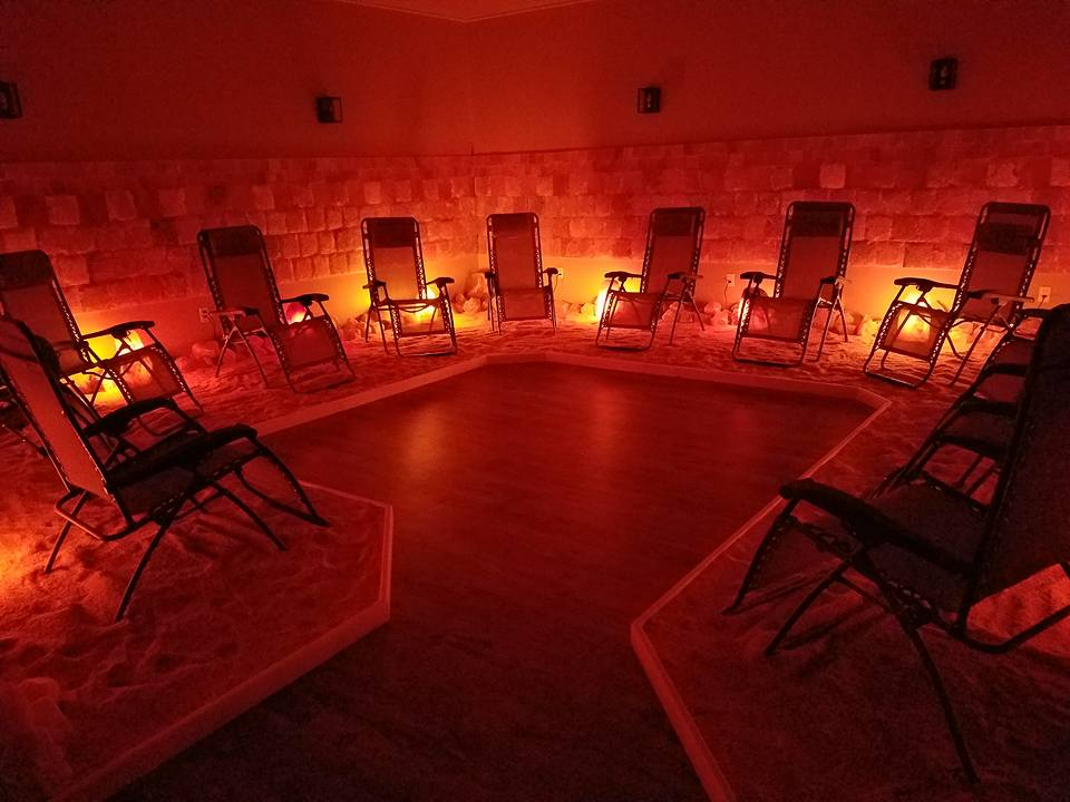 Himalayan Salt Lamp Buffalo Ny : Austin Salt Cave Is Incredibly Relaxing