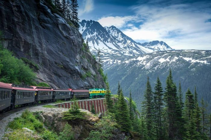 The 19 Most Gorgeous Scenic Train Rides You Can Take In