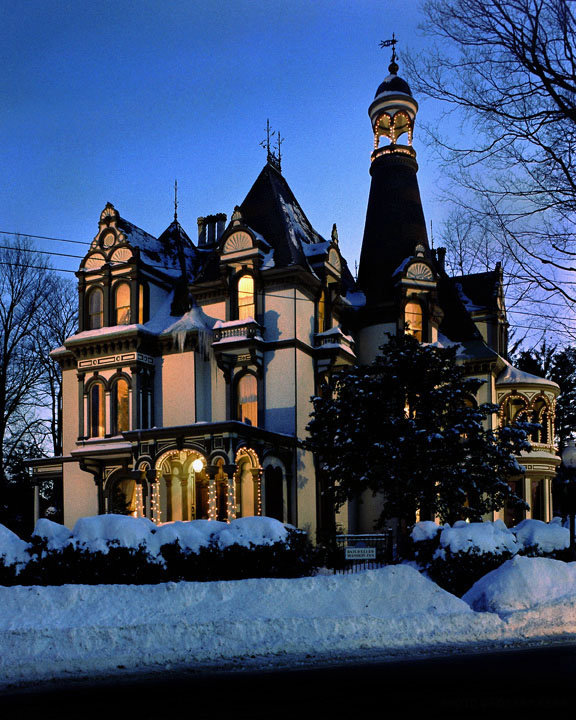Haunted Places In Galway New York: 7 Haunted Hotels In New York Will Make Your Stay A Nightmare