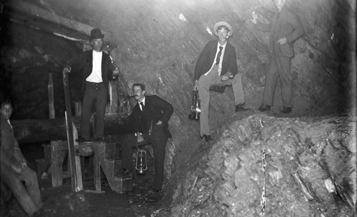 These 10 rare photos show vermonts gold mining history like never inside of a vermont gold mine publicscrutiny Choice Image