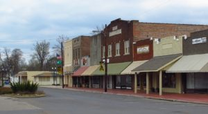 Blink And You'll Miss These 12 Teeny Tiny Towns In Mississippi