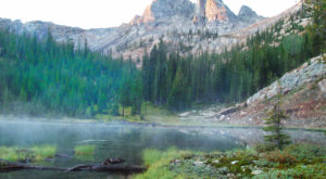 9 Beautiful Idaho Lakes With A Magical Aura About Them