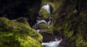 You've Never Seen Anything Like This Newly Discovered Secret Canyon In Oregon