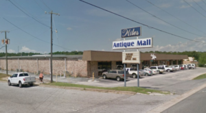 You'll Never Want To Leave This Massive Antique Mall In Florida
