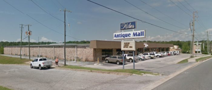 Miles Antique Mall In Pensacola Is Florida S Biggest