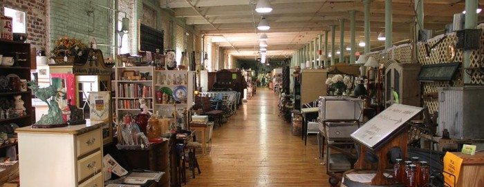 You Ll Never Want To Leave This Massive Antique Mall In