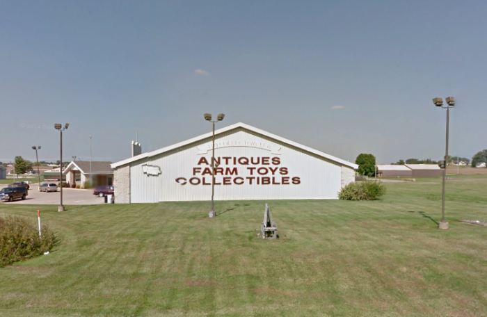 antique shops in iowa The Antique Mall In Iowa That's Every Vintage Lover's Dream antique shops in iowa