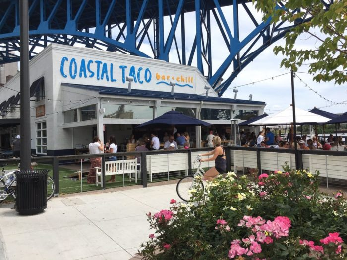 I Need A Waterfront Restaurant That Has Good Food Cheap