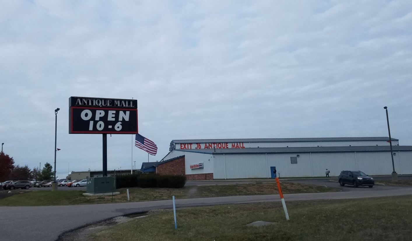 Des Moines Shopping >> Visit The Famous Exit 76 Antique Mall In Indiana For the ...