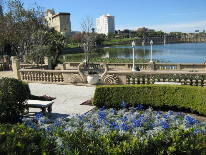 A Garden Walk Palm Beach Gardens Fl