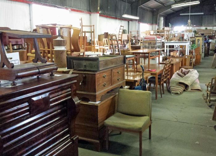 Antiques Colony Is The Best Antique Mall Near San Francisco