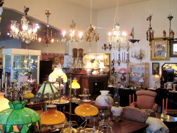 antique world market is best antique mall near buffalo. Black Bedroom Furniture Sets. Home Design Ideas