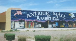 You'll Never Want To Leave This Massive Antique Mall In Nevada