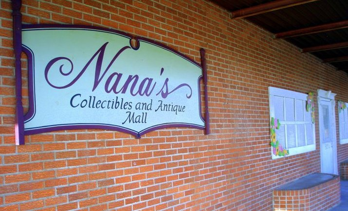 Visit Nana S Collectibles One Of The Largest Antique