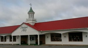 You'll Never Want To Leave This Massive Antique Mall In Delaware