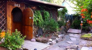The Secluded Restaurant In Oregon With The Most Magical Surroundings
