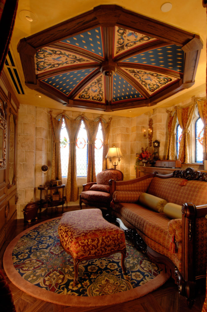 Hotel Suite Room: There's A Gorgeous Hidden Hotel Suite In Disney World's