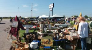 You'll Never Want To Leave This Massive Antique Mall In Kansas
