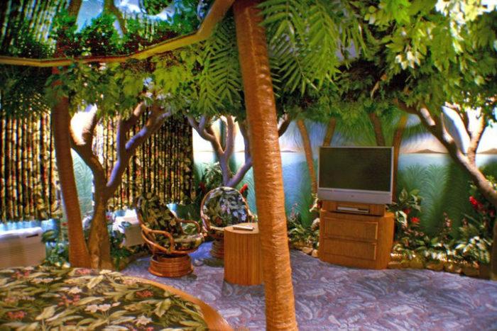 Fantasy Hotel Rooms Iowa