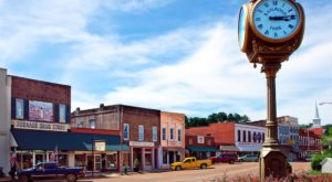 The Fascinating Town In Mississippi That Is Straight Out Of A Fairy Tale