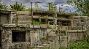 The Remnants Of This Abandoned Fort In New Jersey Are Hauntingly Beautiful