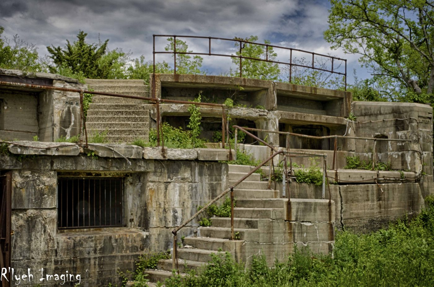 The Remnants Of The Abandoned Fort Hancock In New Jersey