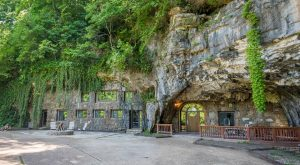 9 Incredible Places You'll Find Hiding Underground In Arkansas