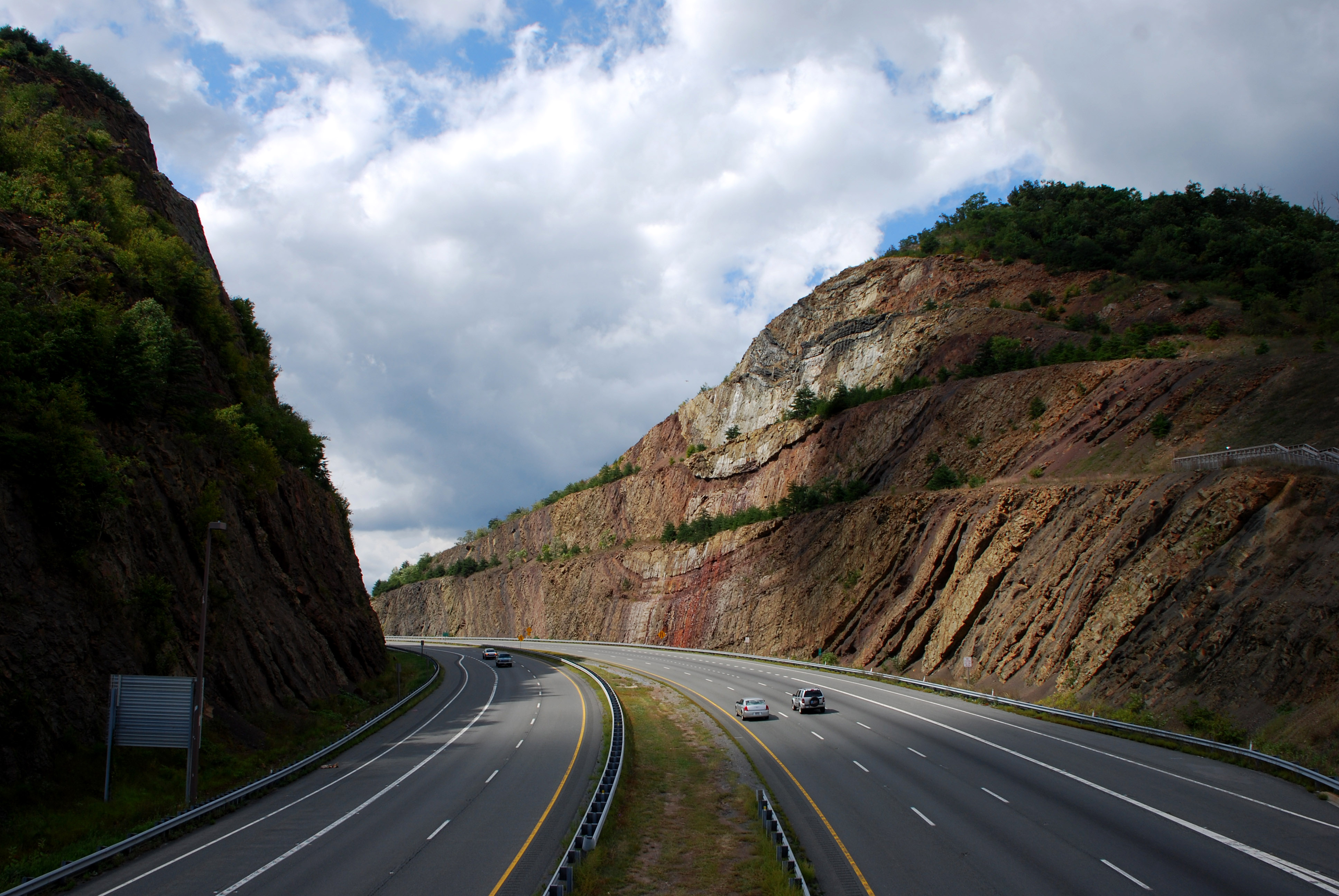 Sideling Hill In Maryland Is One Of The Oddest Geological