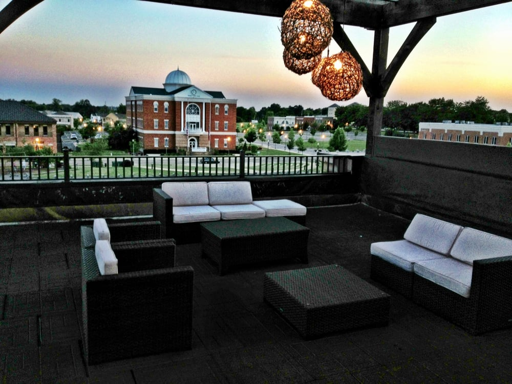 You Ll Love This Rooftop Restaurant In Mississippi That S