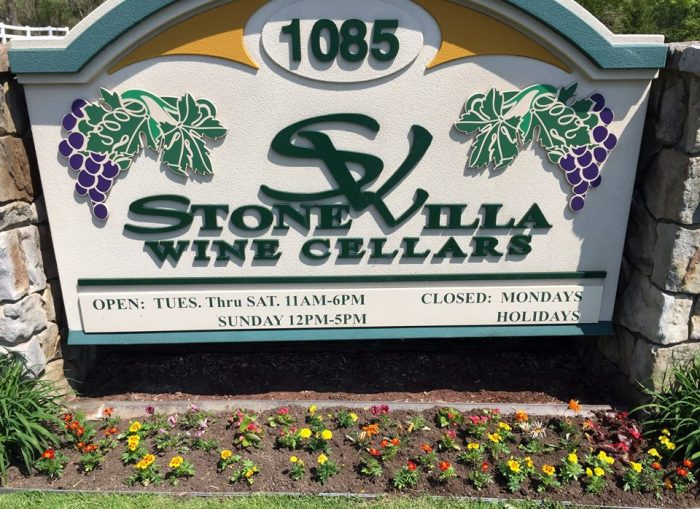 roll down the windows and watch the landscape roll by as you embark on the hour drive from downtown pittsburgh to stone villa wine cellars in acme