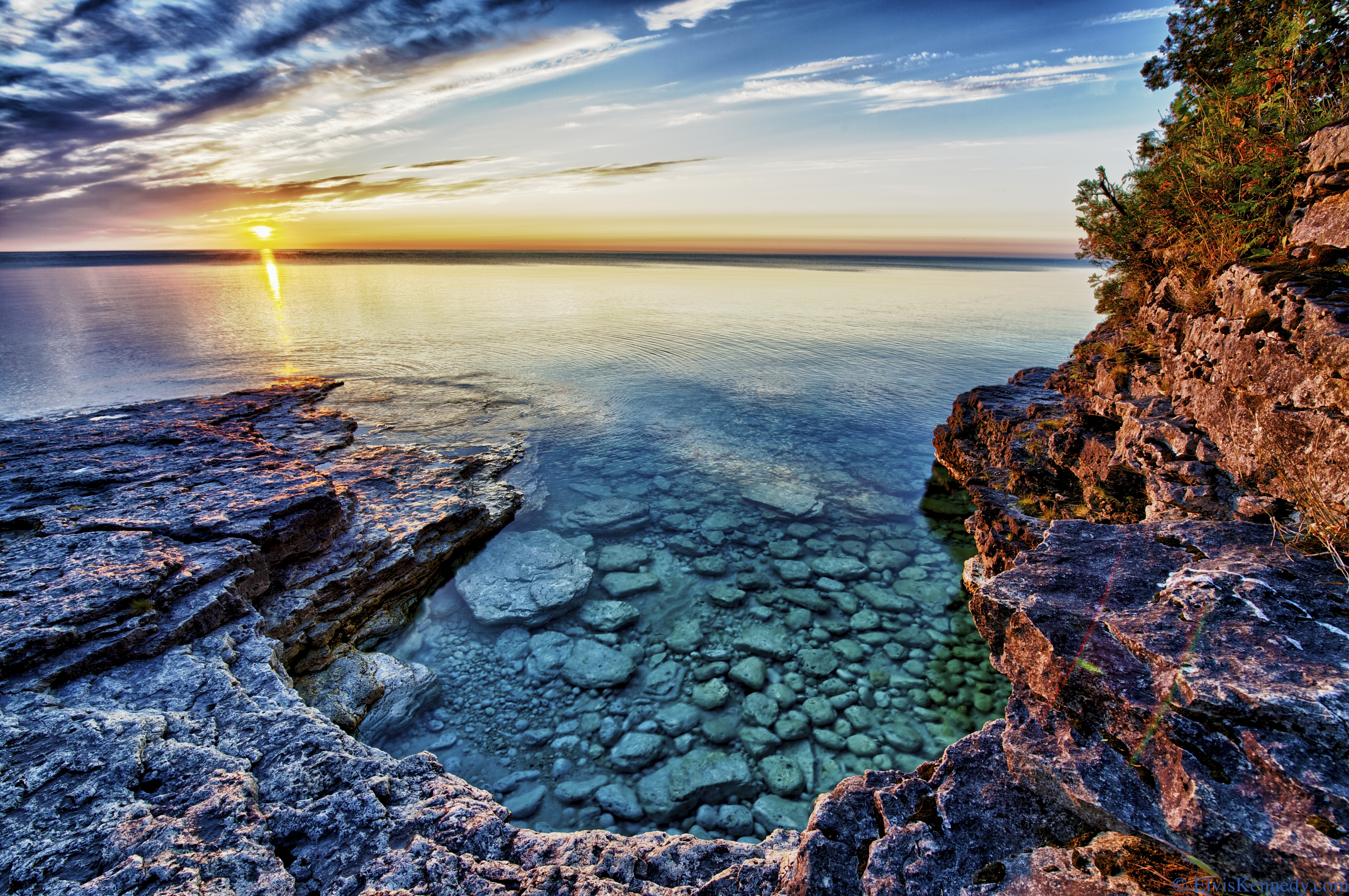 Cave Point Park In Wisconsin Is So Pretty You Have To See