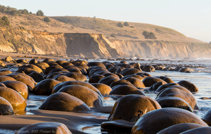 Bowling Ball Beach Is The Most Unusual Beach In Northern California