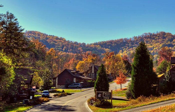 http://www.onlyinyourstate.com/tennessee/little-known-getaway-tn/