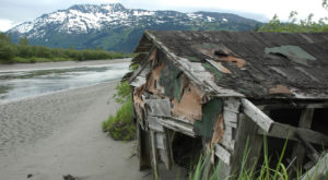 Nature Is Reclaiming This One Abandoned Alaska Spot And It's Actually Amazing
