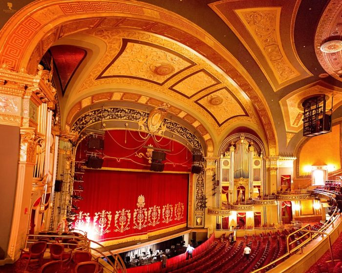 The Palace Theater In Connecticut Is Absolutely Incredible
